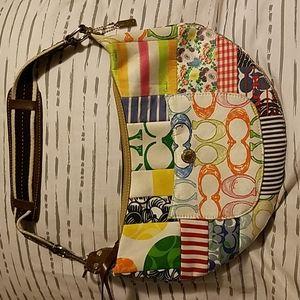 Coach Authentic Cute Alot of Room  Shoulder Bag